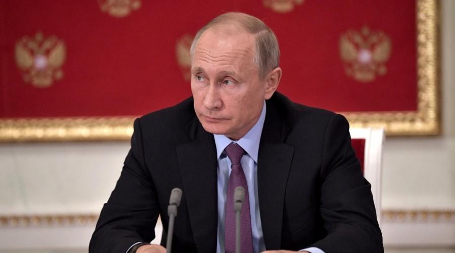 Путин выразил сожаления всвязи со гибелью Ведерникова иДержавина