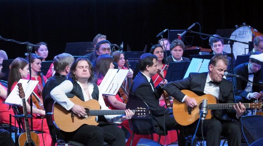 ВКалуге открылся музыкальный фестиваль «Мир гитары»